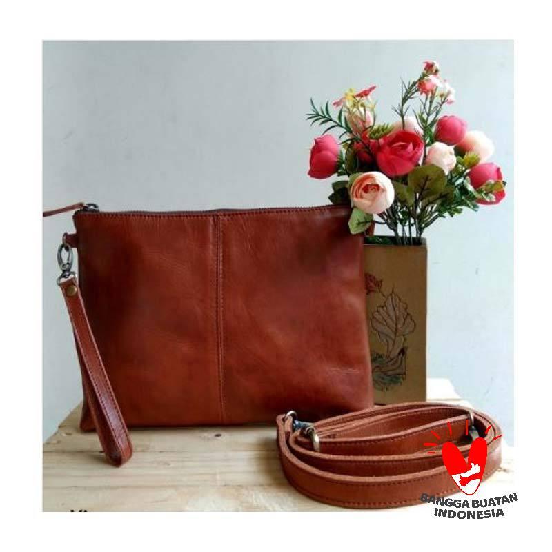 Saheka Leather Pouch Bag Wanita