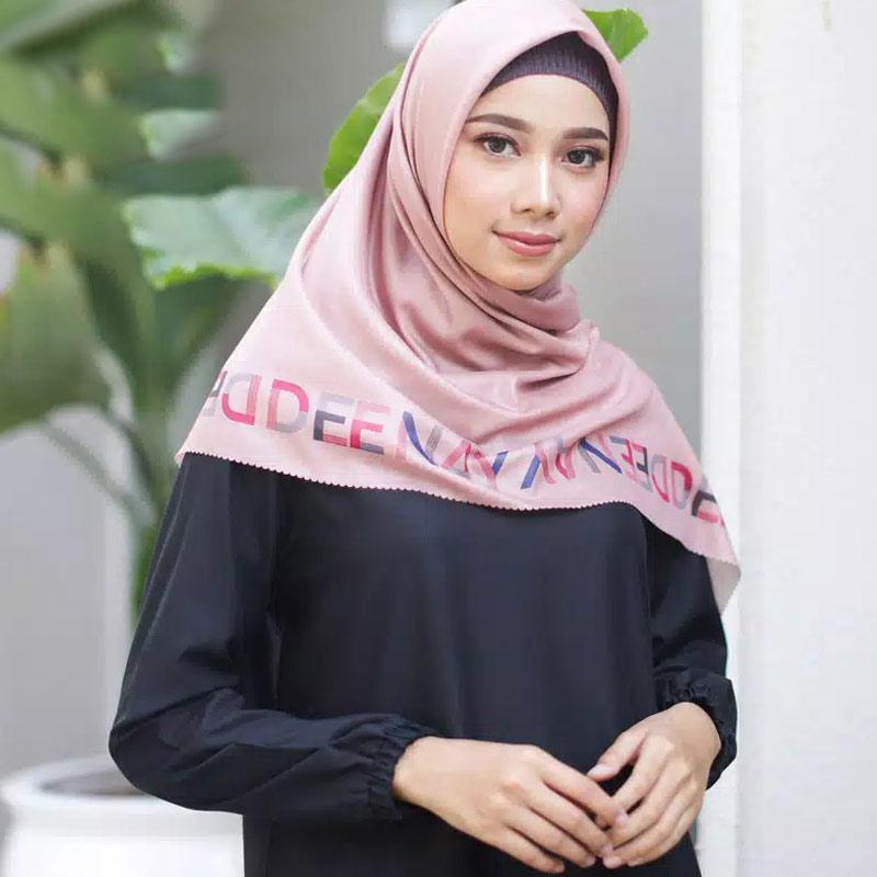 Jual Deenay Diara Jilbab Segiempat Online Maret 2021 Blibli