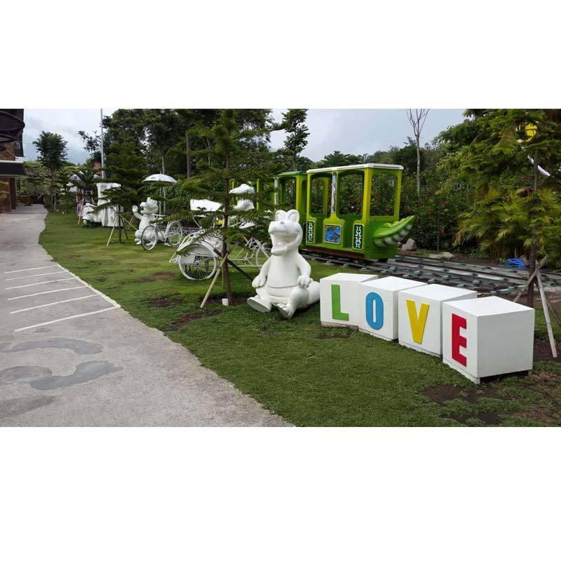 Salika Travel Seat In Coach Tour 4H3M Jatim Park