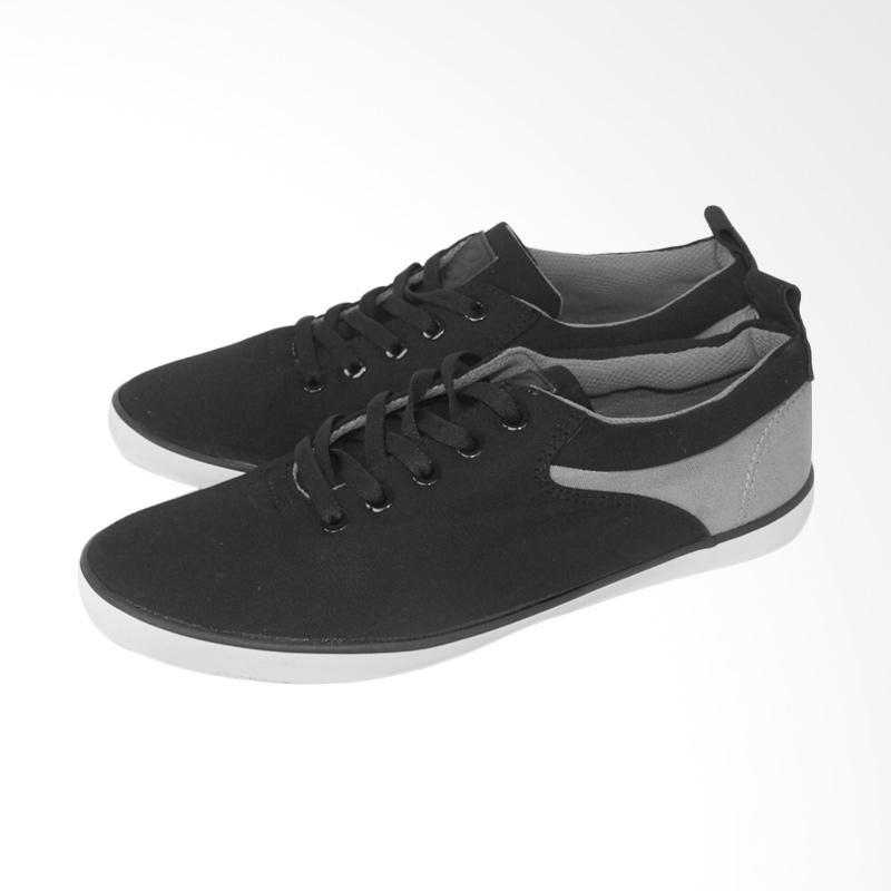 harga Patrobas Barrack CVS Sneaker Shoes - Black Blibli.com