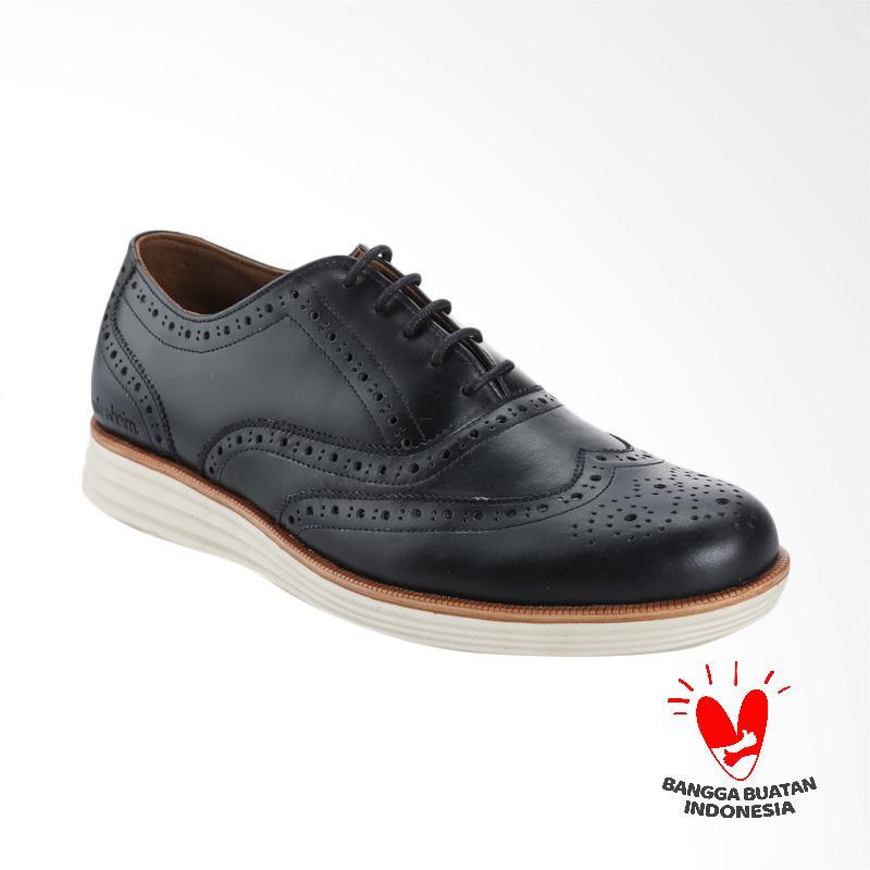 BLANKENHEIM Wingtip Sneaker