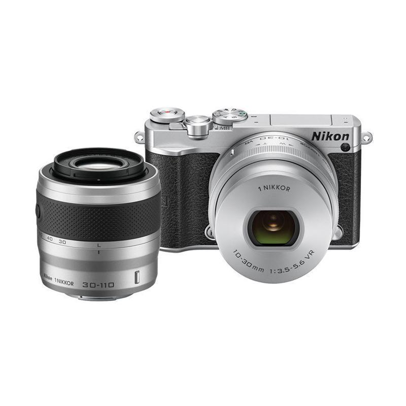 Nikon 1 J5 Kit 10-30mm with 30-110mm Double Lens Kamera Mirrorless - Silver