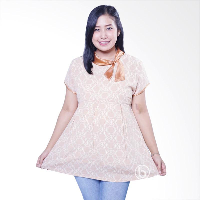 harga Mama Hamil BLD 396 Krah Pita Silk Bunga Cincin Lengan Pendek Baju Atasan Hamil Wanita - Cream Blibli.com