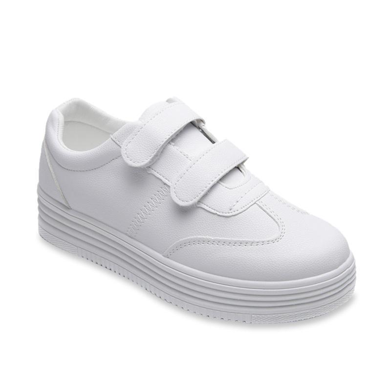 Pavillion 777 3469 Sport Sneakers Sepatu Wanita White