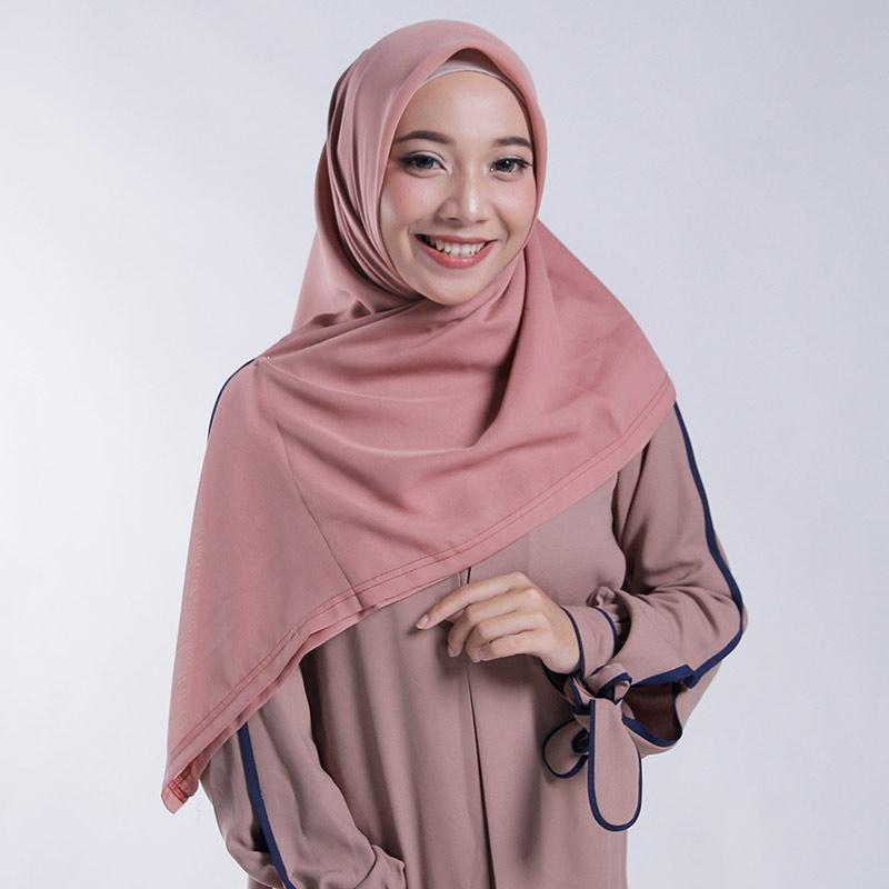 Jual Zoya Polos Nov Scarf Kerudung Segi Empat Wanita Online November 2020 Blibli