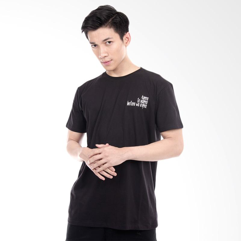 Word O Inspire Lengan Pendek T-shirt - Hitam