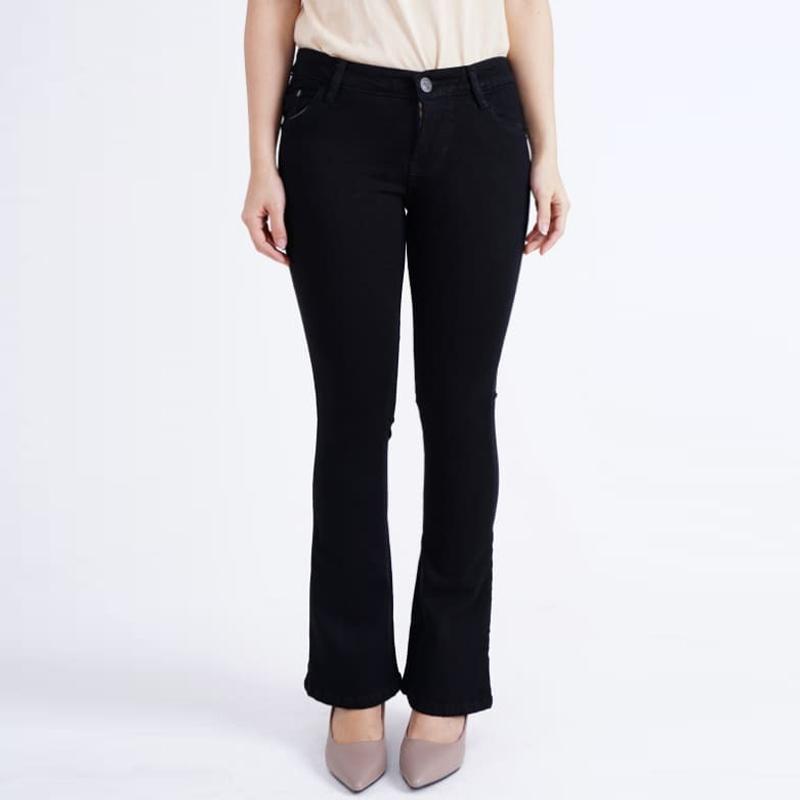 JSK Cutbray Bootcut Polos Celana Jeans Wanita