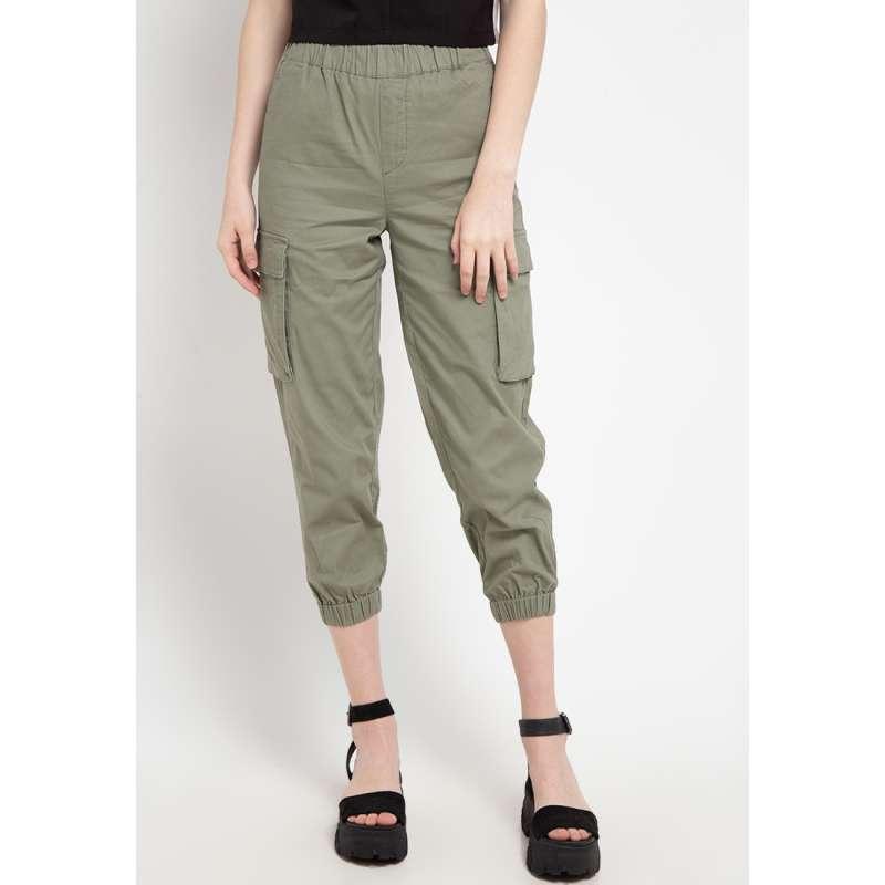 Giordano Cargo Crop Tapered Celana Wanita