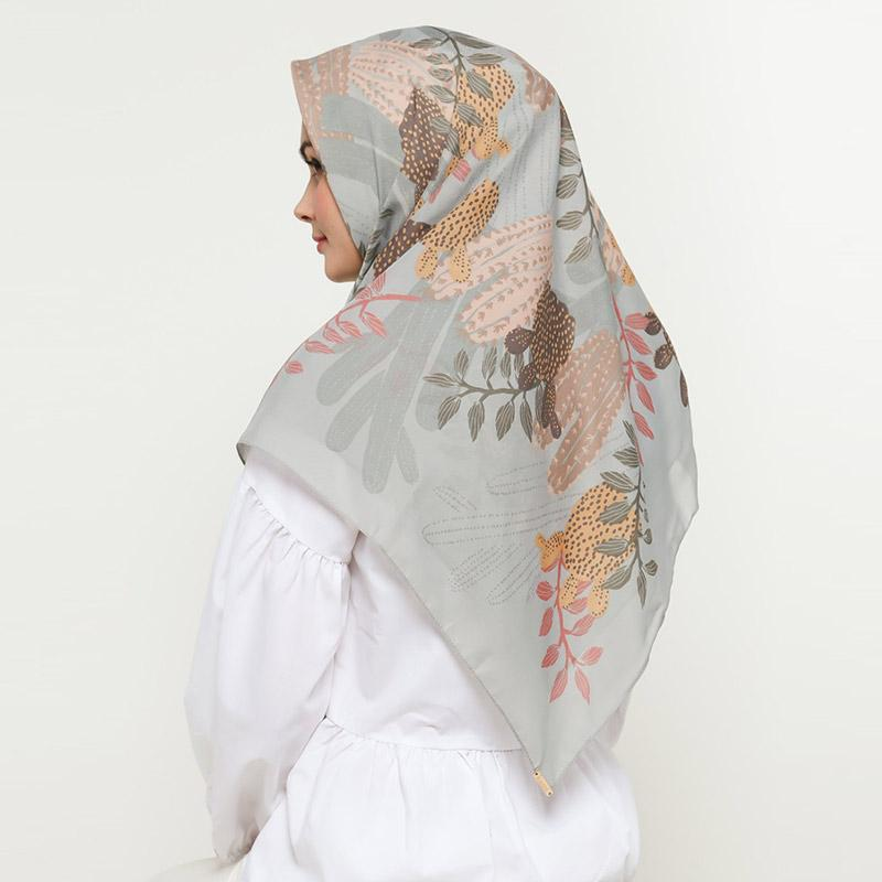 KAMI Cholla Print Nuvoile Scarf Jilbab Segiempat Wanita Seasalt