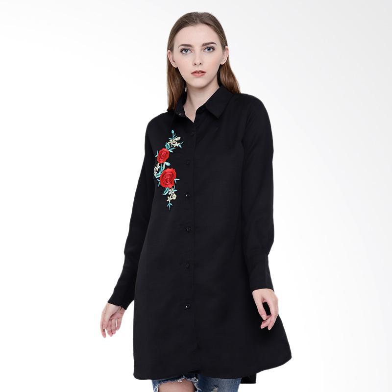 Delarosa Roses Embroider Kemeja Wanita - Black