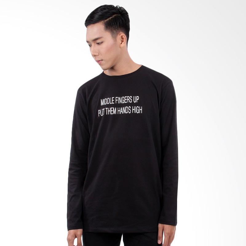 Word.o T-shirt Hands High Lengan Panjang Kaos Pria - Hitam Extra diskon 7% setiap hari Extra diskon 5% setiap hari Citibank – lebih hemat 10%