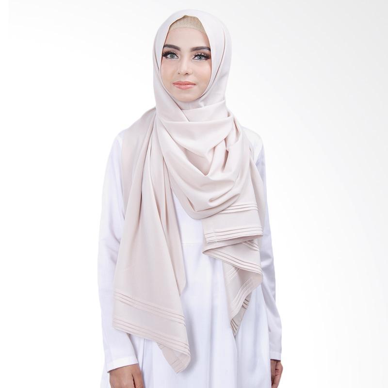 Cantik Kerudung Khloe Pleated Shawl Jilbab Instant - No.1 Creamish