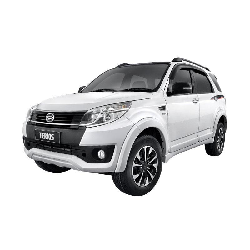 Daihatsu Terios R Adventure Mobil - Icy White