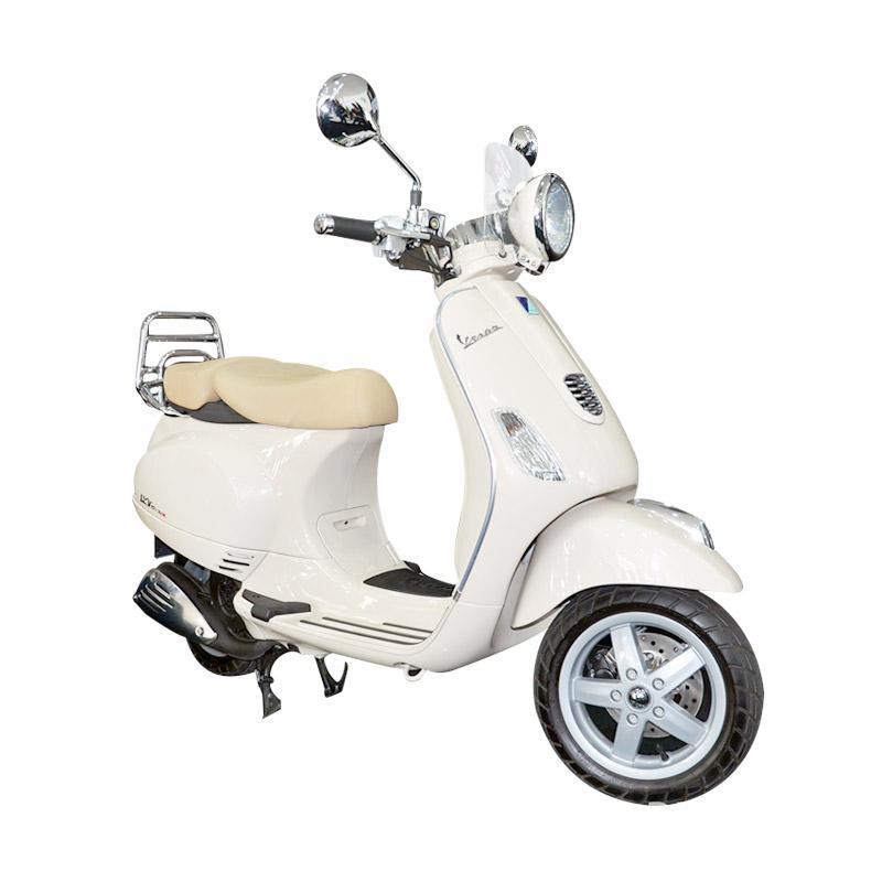 harga Vespa LXV 150 3V I.E Sepeda Motor - White [OTR Semarang] Blibli.com