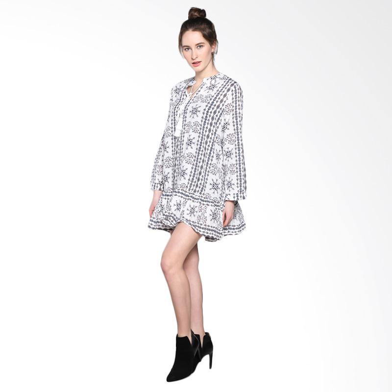 harga Papercut Fashion C28 Bohemian 8007 Dress - White Blibli.com