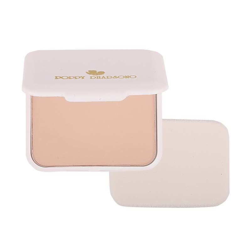 Poppy Dharsono Absolute Cover Two Way Cake Powder - 02 Ivory Bisque