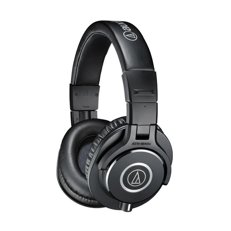 harga Audio Technica ATH-M40x Headphone Blibli.com