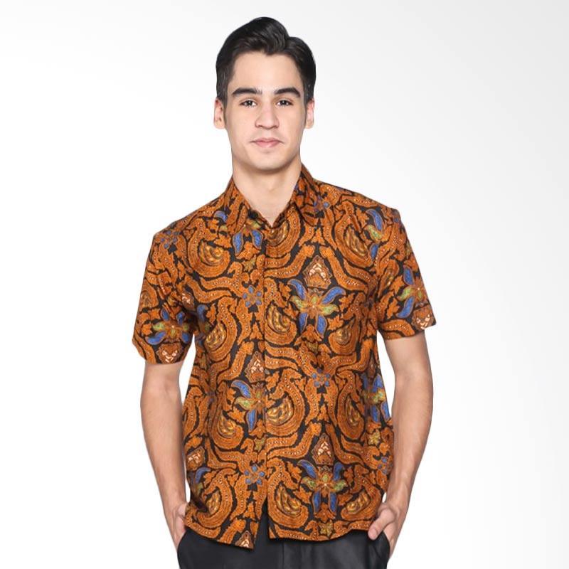 Batik Distro Jarik Lengan Pendek Kemeja Pria K8058 - Coklat bb804a1521