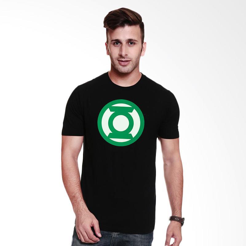 Fantasia Green Lantern Emerald Knights T-Shirt Pria - Hitam Extra diskon 7% setiap hari Extra diskon 5% setiap hari Citibank – lebih hemat 10%
