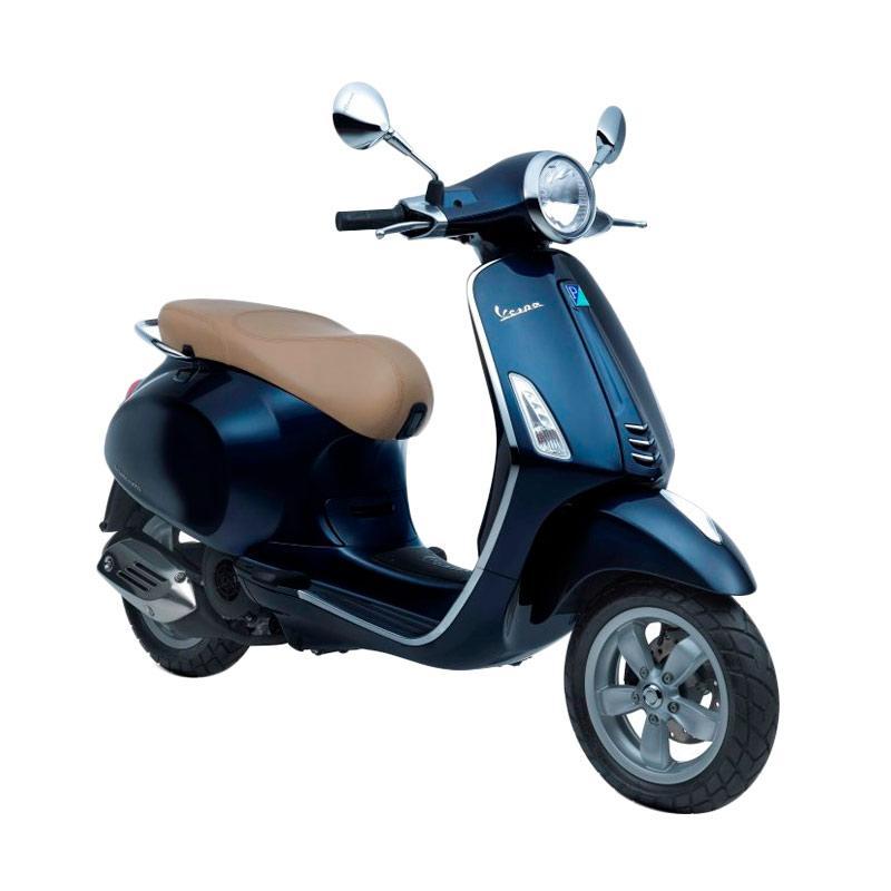 https://www.static-src.com/wcsstore/Indraprastha/images/catalog/full//1328/vespa_vespa-primavera-150-i-get-blu-midnight-sepeda-motor--otr-semarang-_full02.jpg