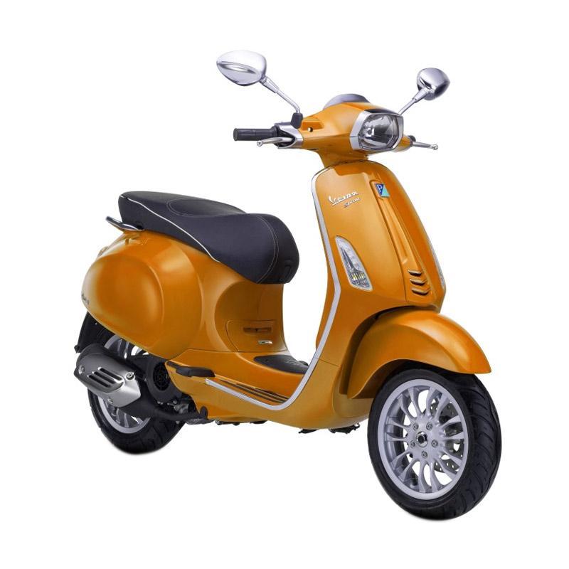 harga Vespa Sprint 150 i-Get Sepeda Motor - Arancio Taormina [OTR Bandung] Blibli.com
