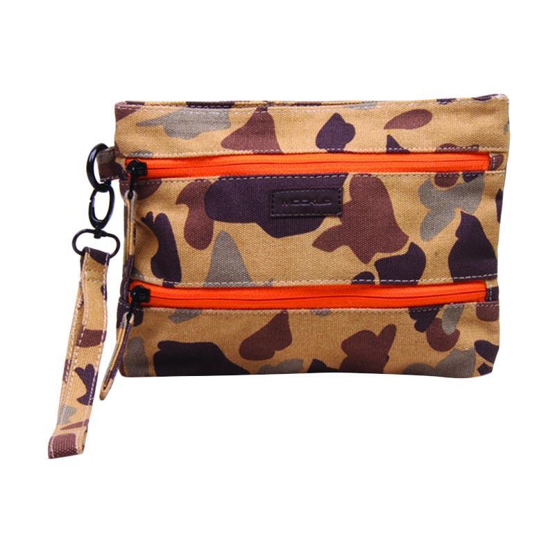 Mockup PWL-11 Wrislet Two Zipper Pouch Pria - Brown Orange