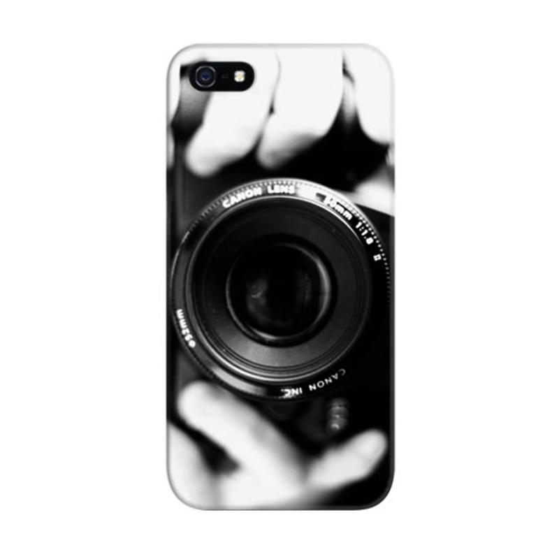 Indocustomcase Camera A Take Photo Custom Hardcase Casing for Apple iPhone 5/5S/SE
