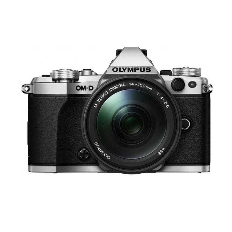 Olympus Digital Camera OM-D E-M5 Mark II with 14-150mm II Silver/Black + Olympus Lens M.Zuiko 17mm F/1.8 Silver