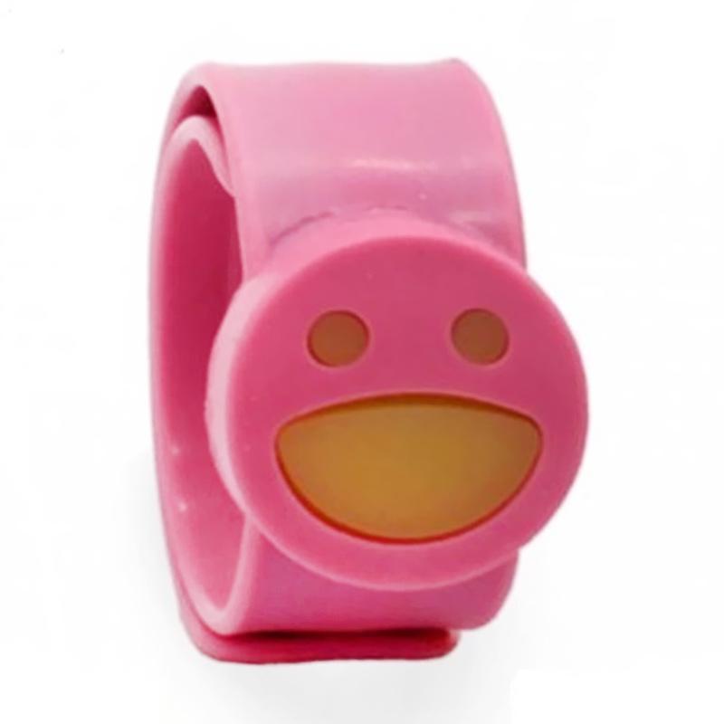 https://www.static-src.com/wcsstore/Indraprastha/images/catalog/full//1461/babygo_babygo-slap-mosquito-repellent-bracelet--gelang-anti-nyamuk-anak----pink_full05.jpg