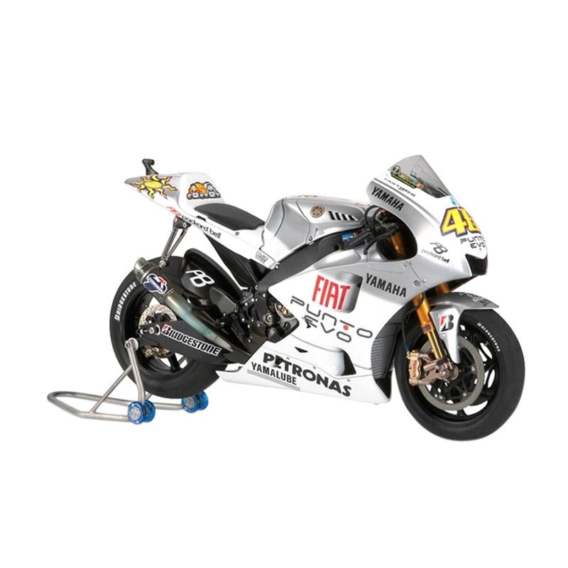 harga Tamiya Motorbike Yamaha YZR-M1 '09 FIAT Yamaha Team Model kits [Estoril Edition] Blibli.com