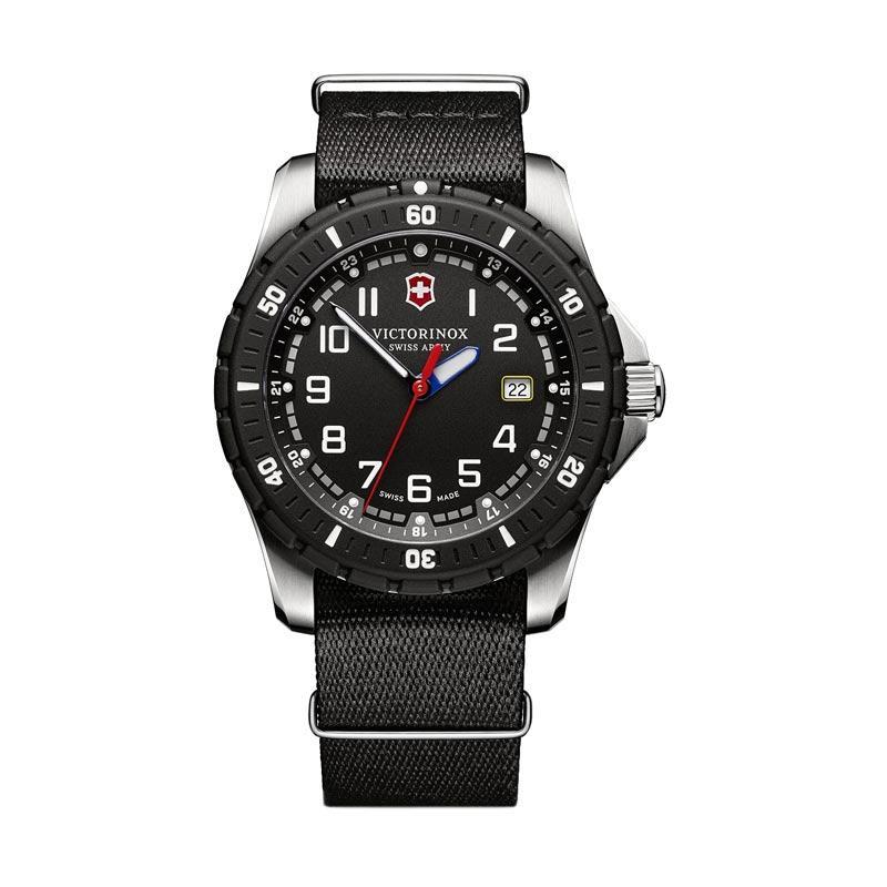 Victorinox Swiss Army Maverick Sport Nylon Jam Tangan Pria 241674.1 - Black