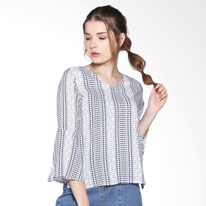 Papercut Fashion AR Triangle Top Flare Sleeve Atasan Wanita - Navy Blue