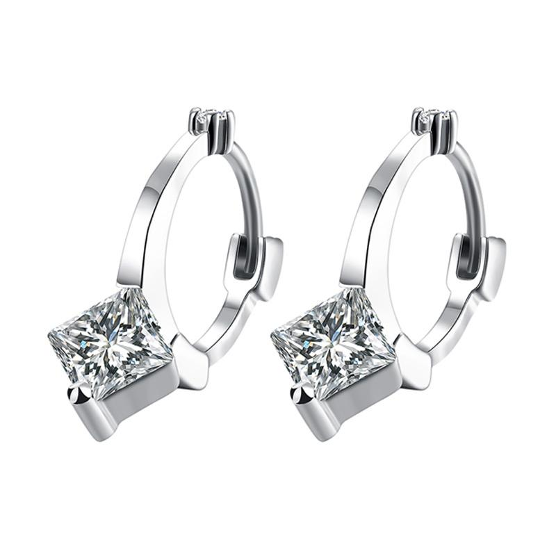 harga Bella and Co Earrings AKE149-B Aksesoris Anting Lapis Emas Fashion Zc Setting Latch - White Gold Blibli.com