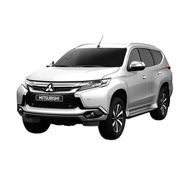 https://www.static-src.com/wcsstore/Indraprastha/images/catalog/full//1870/mitsubishi_all-new-pajero-sport-2-5-glx-4x4-m-t-mobil---white-pearl--uang-muka-kredit-dipo-finance---jadetabek---35-_full02.jpg