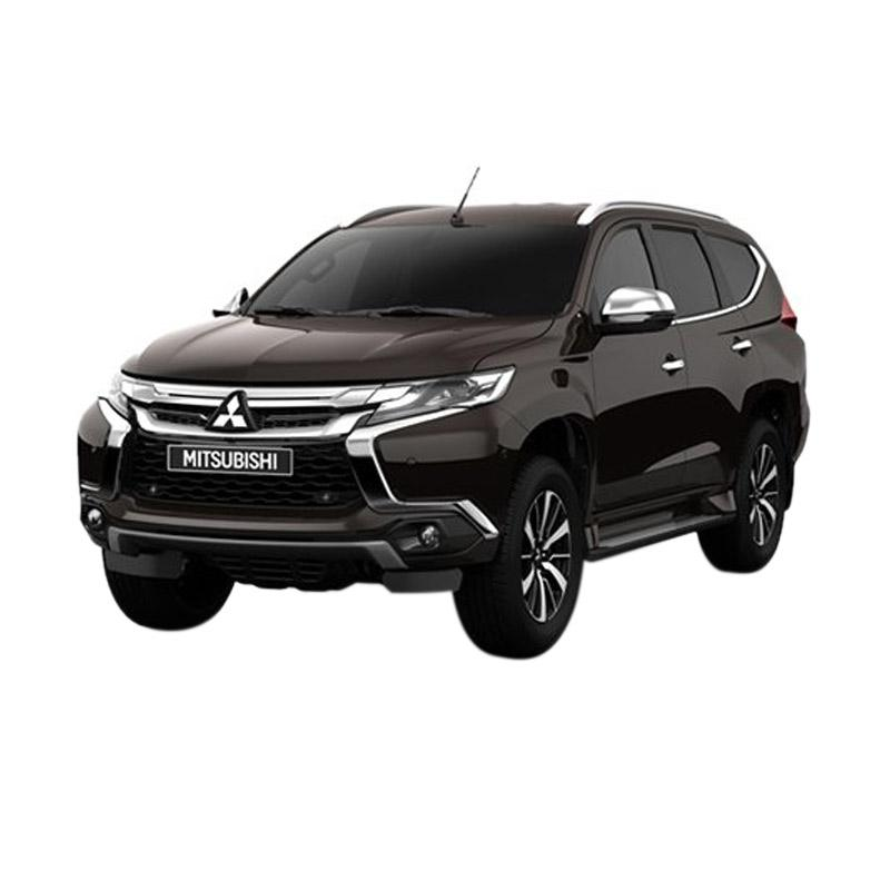 https://www.static-src.com/wcsstore/Indraprastha/images/catalog/full//2011/mitsubishi_all-new-pajero-sport-2-5-glx-4x4-m-t-mobil---deep-bronze-metallic--uang-muka-kredit-dipo-finance---jadetabek---35-_full02.jpg