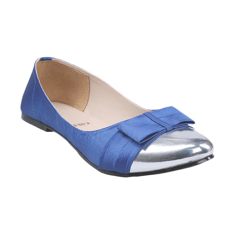 Gia Take A Bow Flat Shoes Grey