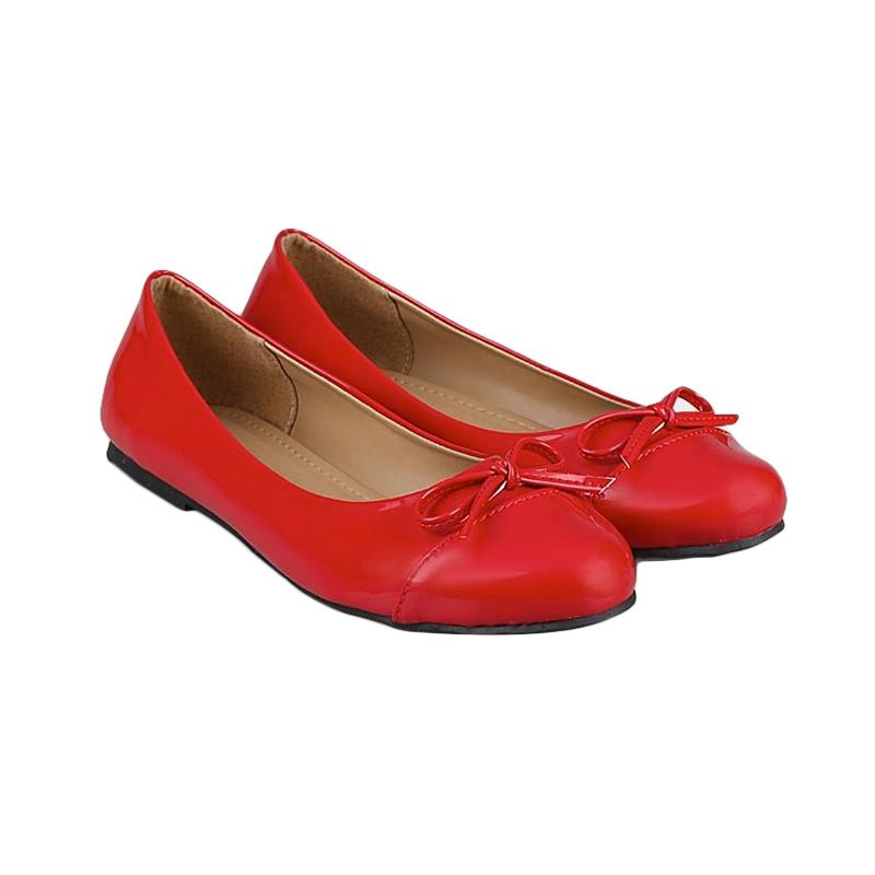 GIA Ballerina Flats in Red