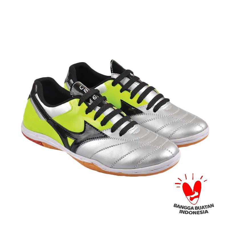 CBR SIX NAC 702 Sepatu Futsal