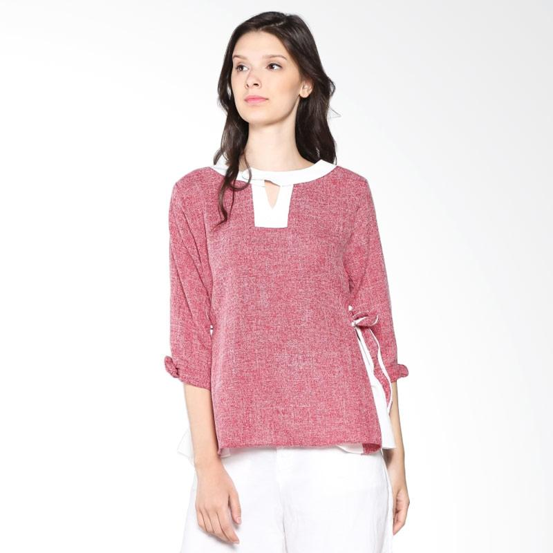 Carte Keyhole Top Blouse - Red