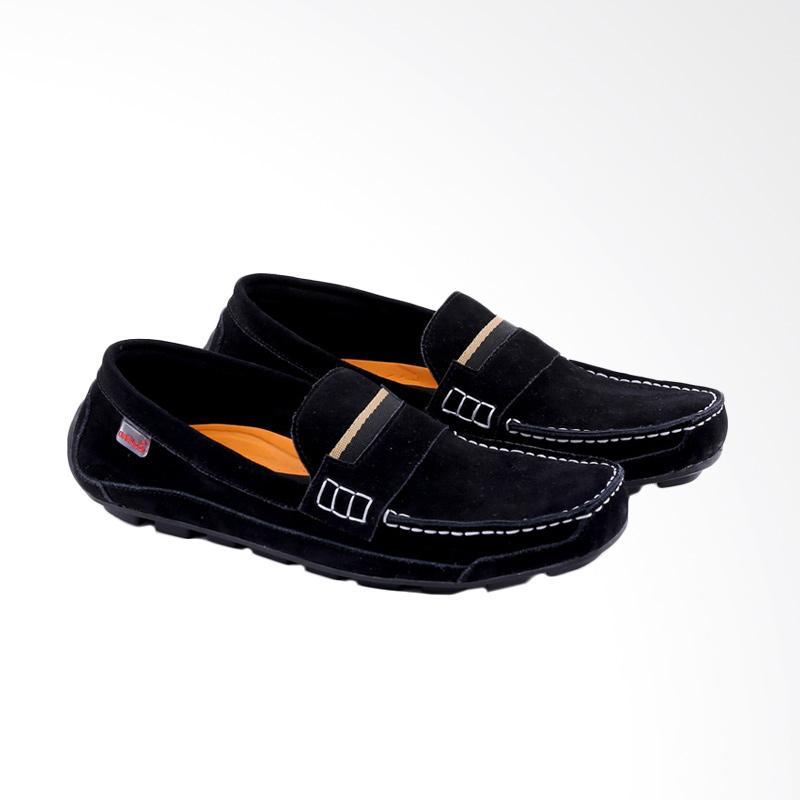 Garucci Slip On Shoes Sepatu Pria - Black GCN 1251