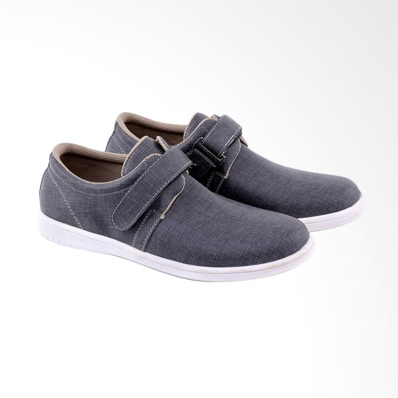 Garucci Slip On Shoes Pria - Grey GAW 1272