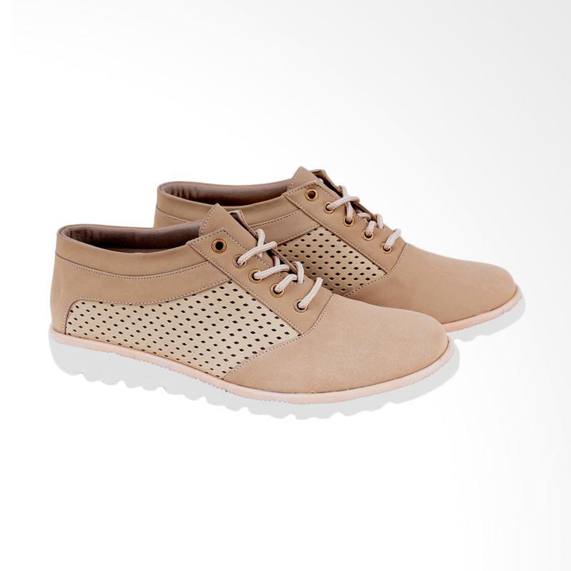 Garucci GYT 2033 Sneakers Shoes Wanita