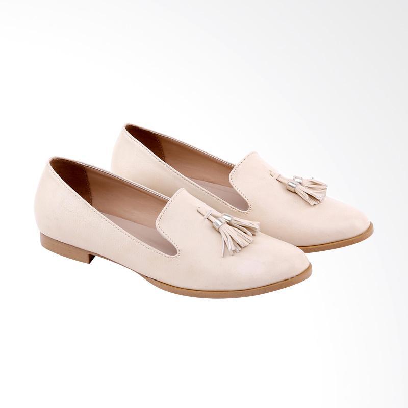 Garucci  GPM 6172 Slip On Shoes Sepatu Wanita