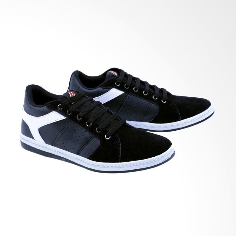 Garsel Sneakers Shoes Pria GDF 1015