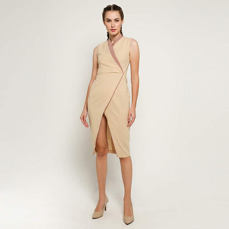 Andhita By Andhita Siswandi Star Wars Anakin Dress 114 Dress Wanita Beige