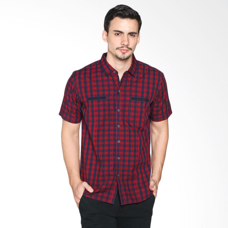 Red Cliff ZC1534JF Casual Shirt - Red Extra diskon 7% setiap hari Extra diskon 5% setiap hari Citibank – lebih hemat 10%