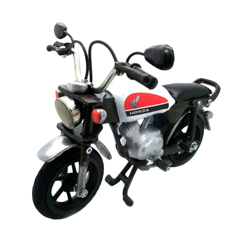harga Rafa Collections Kerajinan Unik  Miniatur Motor Honda CB - Putih Blibli.com