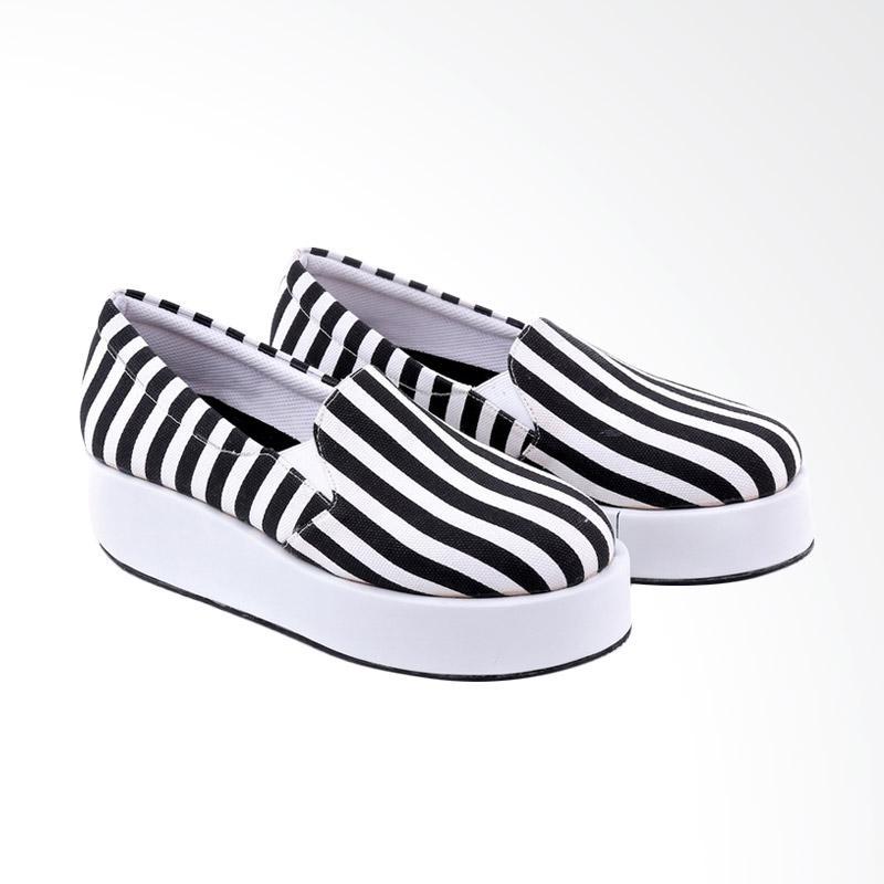 Garucci GOK 5186 Slip On Shoes Sepatu Wanita