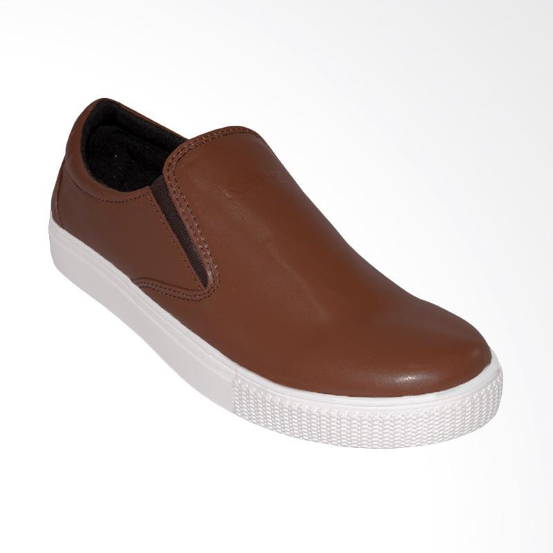 harga Kenz Retro Slipon Casual Sepatu Pria - Brown Blibli.com