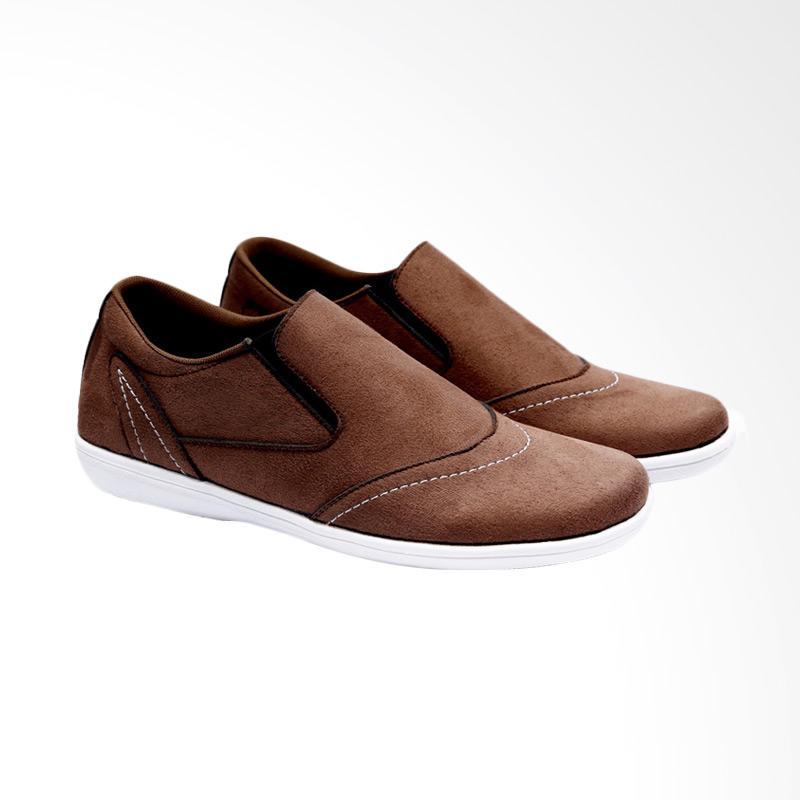 Garucci Slip On Sepatu Pria GKO 1220